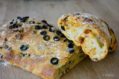 Ciabatta Olive Rosmarien und Tomate Knoblauch