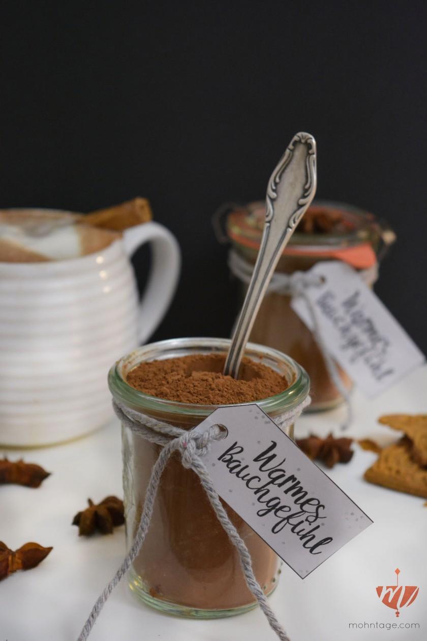 diy-weihnachts-gewuerzmischung-fuer-heise-vegane-schokolade-rezept-und-etikett-als-freebie-zum-download-mohntage-2