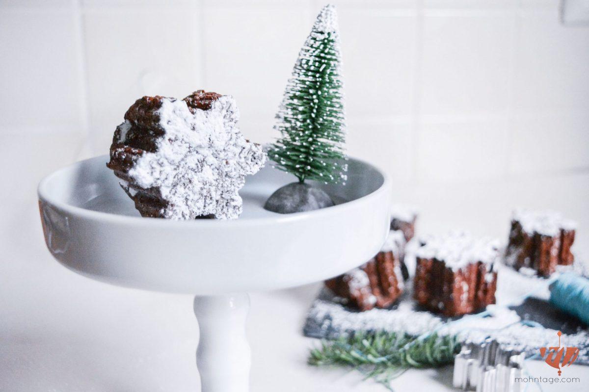 Lebkuchen-Brownies: zartschmelzend schokoladige Schneeflocken