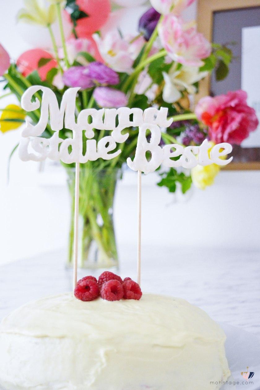 Mille-Crepe-Cake-Ganache-Himbeeren-Rezept-Mohntage-Blog-Muttertag-Geschenkidee