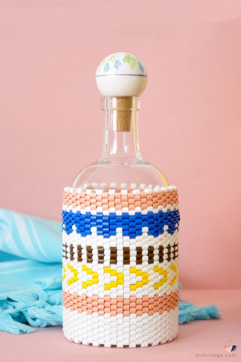 DIY-Peyote-Stitch-Flaschenbezug-mit-Buegelperlen-Anleitung-Mohntage-Blog-Hamam-Badetuch