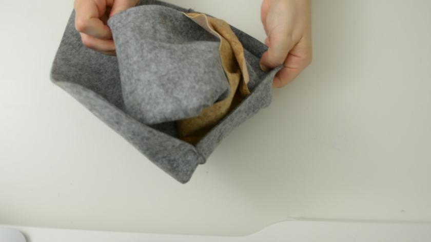 Tablettasche-aus-Filz-selber-naehen-mit-Schnittmuster-DIY-Mohntage-Blog-Anleitung (14)