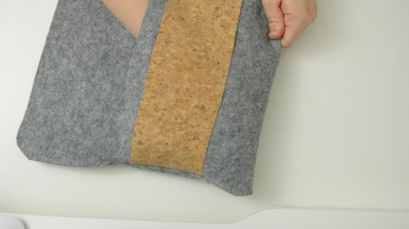 Tablettasche-aus-Filz-selber-naehen-mit-Schnittmuster-DIY-Mohntage-Blog-Anleitung (15)