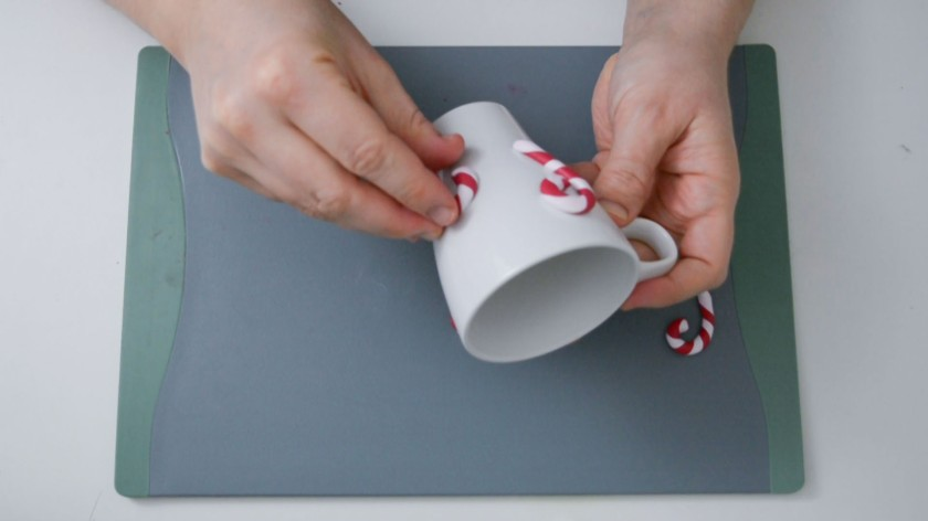 Tasse-mit-DIY-Zuckerstangen-aus-Fimo-Mohntage-Blog-Video-Tutorial-3