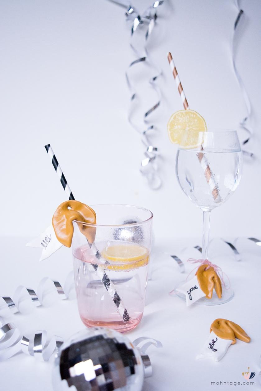 diy-glueckskeks-anhaenger-aus-fimo-selber-machen-1